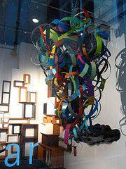 display-mirano